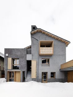 House VG Renovation / ES-arch