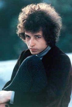 Imagem de http://alldylan.com/wp-content/uploads/2013/01/Bob+Dylan+Dylan+1966.jpg.