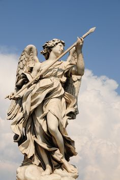 The Angel with the Lance, Gian Lorenzo Bernini, Ponte Sant'Angelo, Rome, Italy // Why we love it: Bernini's dynamic figures capture the intensity of epic narratives in a single moment. Greek Statues, Angel Statues, Garden Animal Statues, Gian Lorenzo Bernini, Cemetery Angels, Statue Tattoo, Angel Warrior, Greek Art, Guardian Angels