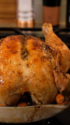 How to Make an Easy Roasted Chicken - Ambitious Kitchen Recipes - Baked Chicken Whole Chicken In Oven, Baked Whole Chicken Recipes, Whole Roasted Chicken, Roast Chicken Recipes, Stuffed Whole Chicken, Healthy Chicken Recipes, Cast Iron Roasted Chicken, Perfect Roast Chicken, Roast Chicken Video