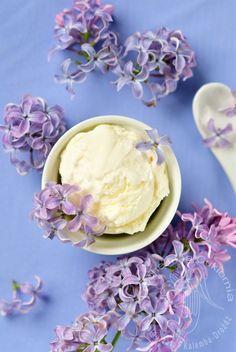 Lody o smaku lilaka, lilac ice-creams