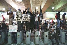 BRASIL 2014. Bloquean acceso al aeropuerto de Río de Janeiro horas antes de la inauguración del Mundial http://hbanoticias.com/9242