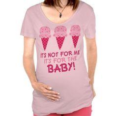 Everyone pregnant woman needs a t-shirt like this! #surrogacy #pregnancy