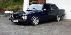 1990+Volvo+242 | 1975 Volvo 242