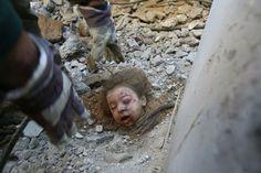 Israeli air strike killing so many children in Gaza strip Opera Software, Opera Web, Gaza Strip, American Soldiers, World Peace, Photojournalism, Crime, Religion, Israel