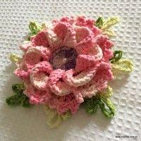 http://www.croche.com.br/rosa-enrolada-passo-a-passo/