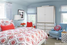 When it came time to pick your bedroom color, the choice took all of five seconds. You just went with the color you've always loved: blue. You're refreshingly honest about what you like and don't take yourself (or your decor choices) too seriously.    - HouseBeautiful.com