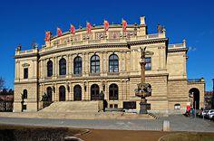 Концертный и выставочный зал 'Рудольфинум' в Праге, Чехия