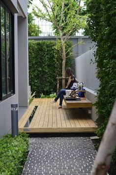 beautiful small garden design for small backyard ideas 43 Small Backyard Gardens, Backyard Patio Designs, Small Backyard Landscaping, Modern Backyard, Small Gardens, Landscaping Ideas, Patio Ideas, Porch Ideas, Narrow Backyard Ideas