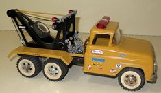 Custom Tonka wreaker truck Tonka Trucks, Tonka Toys, Tow Truck, 1980 Toys, 70s Toys, Antique Toys, Vintage Toys, General Zod, Tools And Toys