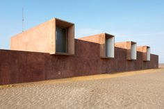 Sandra Barclay & Jean Pierre Crousse, Site Museum of Paracas Culture, National Reserve of Paracas, Ica, Perú, 2016