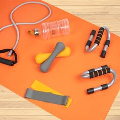 Fitness Product Photography of various items, from fitness water bottle, to push up bar, resistance tubes. Workout Room Decor, Workout Rooms, Workout Accessories, Accessories Store, Fitness Photography, Product Photography, Water Bottle Workout, Push Up Bars, Resistance Tube