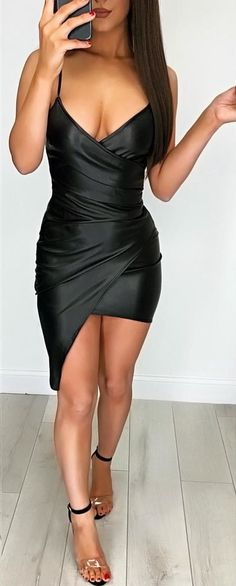 #winter #outfits  black spaghetti strap bodycone short dress outfit