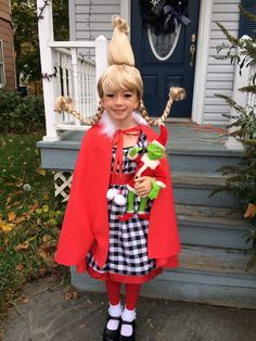 Cindy lou who costume . Cindy lou who costume Whoville Costumes, Dr Seuss Costumes, Seussical Costumes, Family Halloween Costumes, Christmas Costumes, Cool Costumes, Costume Ideas, Grinch Halloween, Le Grinch