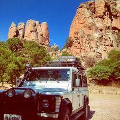 Land Rover Defender 110 Na Sierra del Órganos também no norte do México as paisagens são incríveis!!