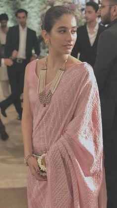 Looks to adore this Wedding Season:- AwesomeLifestyleFashion Indian Wedding Outfits, Indian Outfits, Emo Outfits, Indian Attire, Indian Wear, Indian Style, Indian Fashion Trends, Saree Trends, Sari Blouse Designs