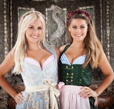 Unsere Dirndl BH's gibt es auch in rosa und hellblau. Finde den passenden BH zu … Our Dirndl bras are also available in pink and light blue. Find the right bra for your dirndl www. Oktoberfest Outfit, Oktoberfest Beer, Drindl Dress, Boho Dress, Maid Dress, Octoberfest Girls, Beer Maid, American Girl, Beer Girl