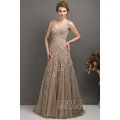 Modest Trumpet-Mermaid V-Neck Tulle Mother Of The Bride Dress COLT1300F