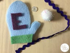 Easy Christmas Crafts - Make a Personalised Mitten Ornament - Mint Mitten - Let the Sewing Begin