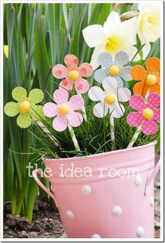 Super cute. Might do this as decoration for Spring/Easter around the house.
