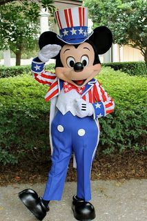 Unofficial Disney Character Hunting Guide: Independence Day at Walt Disney World at saragosa springs