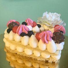 """Mi piace"": 23, commenti: 2 - La Luna Nella Mia Cucina (@fernanda_de_gori) su Instagram: ""#torta#tortadecorata #lalunanellamiacucina #fernadelizie #dolci #pasticceria #dolcifattiincasa…"""