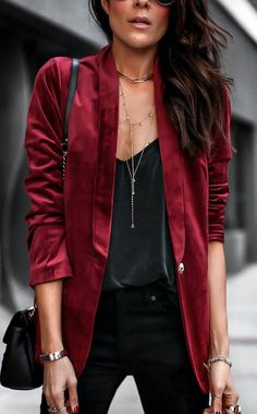 how to style a red blazer : bag top black skinnies