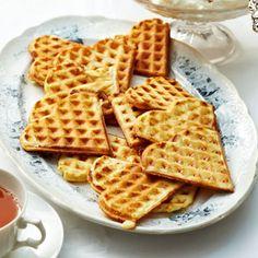 Teewaffeln / essen und trinken – siehe auch: http://localmilkblog.com/2015/05/earl-grey-waffles-whipped-honey-cream-3-yrs-of-local-milk.html