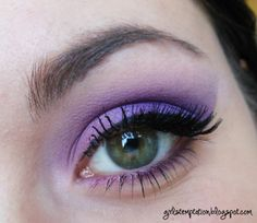 Purple Dramatic Smokey with True Purple Loose Eyeshadow