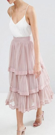 Fashion High Waist Tulle Skirt A Line Tiered Ankle Length High Quality saias na altura do joelho Custom Made Women Clothing Skirt Outfits, Dress Skirt, Dress Up, Midi Skirt, Couture Mode, Style Couture, Modest Fashion, Skirt Fashion, Look Rose