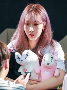 Kpop Girl Groups, Korean Girl Groups, Kpop Girls, Sinb Gfriend, Jung Eun Bi, Fandom, Cloud Dancer, Fan Picture, G Friend