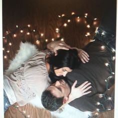 couple, couples photography, couples pictures, in love, engagement pictures, engagement photos, picture ideas, christmas lights