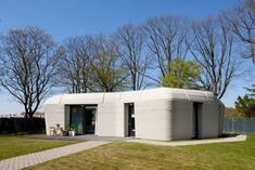 Prvý európsky 3D dom na prenájom už má nájomníkov - Akčné ženy Eindhoven, 3d Printed Building, 3d Printed House, Construction Firm, Construction Process, Printed Concrete, Concrete Houses, Storey Homes, 3d Home