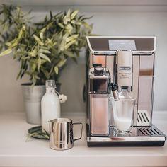 Nespresso, Coffee Maker, Hot Chocolate, Types Of Tea, Carafe, Coffee Making Machine, Vending Machines, Coffee Maker Machine, Coffee Percolator