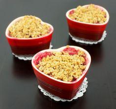 Pear, Rhubarb and Raspberry Fruit Crumble