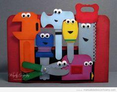 Herramientas de juguete en foamy para niños