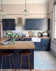 6 Kitchen Trend Ideas You'll Want To Try in 2020 by DLB - kitchen decor ideas, modern kitchen, kichen cabinets, colorful kitchen Best Picture For d - Kitchen Room Design, Kitchen Cabinet Design, Modern Kitchen Design, Kitchen Colors, Home Decor Kitchen, Interior Design Kitchen, Home Kitchens, Blue Kitchen Ideas, Small Kitchens