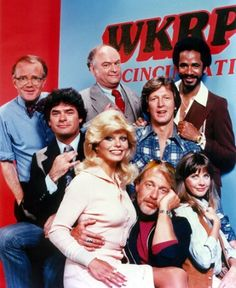 WKRP Arnold Et Willy, Beatles, Radios, Cincinnati, Tv Theme Songs, Viejo Hollywood, Tv Themes, This Is Your Life, Old Shows