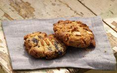 Kdo by neznal cookiesky? Typická americká kulatá sušenka s obřím množstvím cukru a čokoládovými chipsy. A přestože si všichni cookies hned spojíme s Amerikou hned, původně odsud vůbec nepochází.