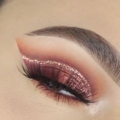 MakeUp Erstaunliches Make-up-Tutorial! Makeup Eye Looks, Eye Makeup Steps, Eye Makeup Art, Beautiful Eye Makeup, Eyebrow Makeup, Colorful Eye Makeup, Skin Makeup, Eyeshadow Makeup, Amazing Makeup