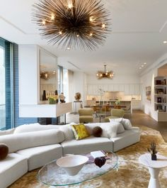 """Their """"Minimalish"""" Interiors Reveal an Eye for Detail — 1stdibs Introspective"""