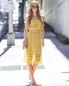 Readyyyy for the weekend in Greylin's Shilla Lace Midi Dress #farewellfittingrooms #lyonandpost RG @chicstreetstyle