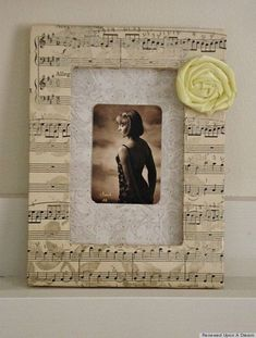 Easy to make romantic sheet music decoration projects - DIY Vintage Decor Ideas Sheet Music Crafts, Old Sheet Music, Vintage Sheet Music, Music Sheets, Book Crafts, Fun Crafts, Paper Crafts, Easy Craft Projects, Project Ideas