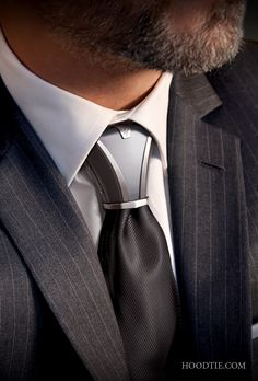 HOODTIE - Class and design, an exclusive titanium item of jewelry for ties. Its look, resolutely city and contemporary truly twists the tie knot!  #tie #gift #jewelry #men #grey #luxury #menstyle