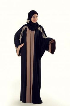 Khaleej Abaya  This lovely black and beige abaya is excellent for those who love a modern take on a traditional classic. Modest and honest, wear this abaya anywhere.
