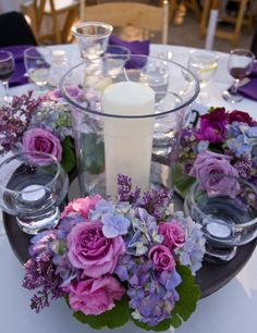 Less is More: Gorgeous, Simple and Chic Centerpieces for your Wedding. To see more: www.modwedding.com