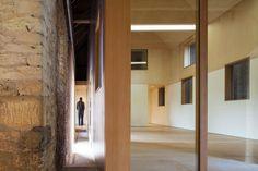 Galeria de Galeria Pod / Stonewood Design - 3