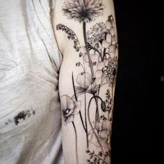 13 Comments Gael Ricci Tattoo gaelriccitattoo on Half Sleeve Tattoos Drawings, Full Sleeve Tattoos, Body Art Tattoos, Tattoo Sleeves, Henna Tattoos, Trendy Tattoos, Small Tattoos, Tattoos For Women, Cool Tattoos