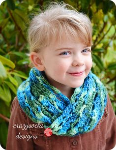 Amy Cowl (moebius scarf) ~ free pattern
