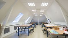 Sweelinck College /Siebold Nijenhuis Architect Conference Room, College, Architecture, Table, Furniture, Home Decor, Arquitetura, University, Decoration Home